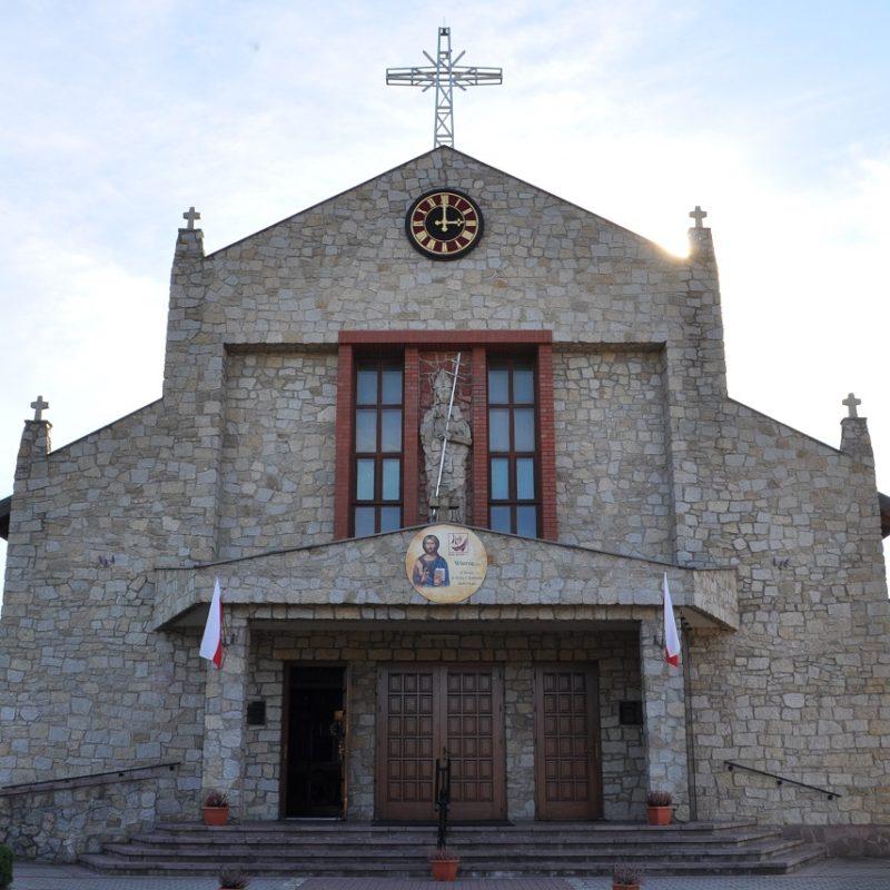 parafia-swietego-stanislawa-w-wieluniu-kosciol-6